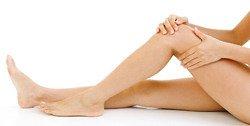 Как избавиться от целлюлита в домашних условиях: обертывание, массаж, банки, крем, масло, скраб. Видео упражнения от целлюлита на ногах.