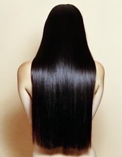 Вылазят нарощенные волосы