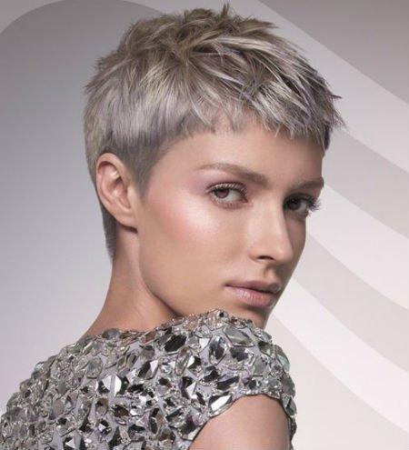 Женские стрижки на короткие волосы с выбритыми висками